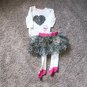 The Children's Place baby girl 6 month outfit